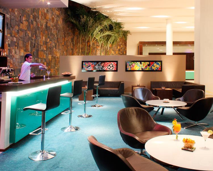 LOBBY BAR Hotel ESTELAR En Alto Prado