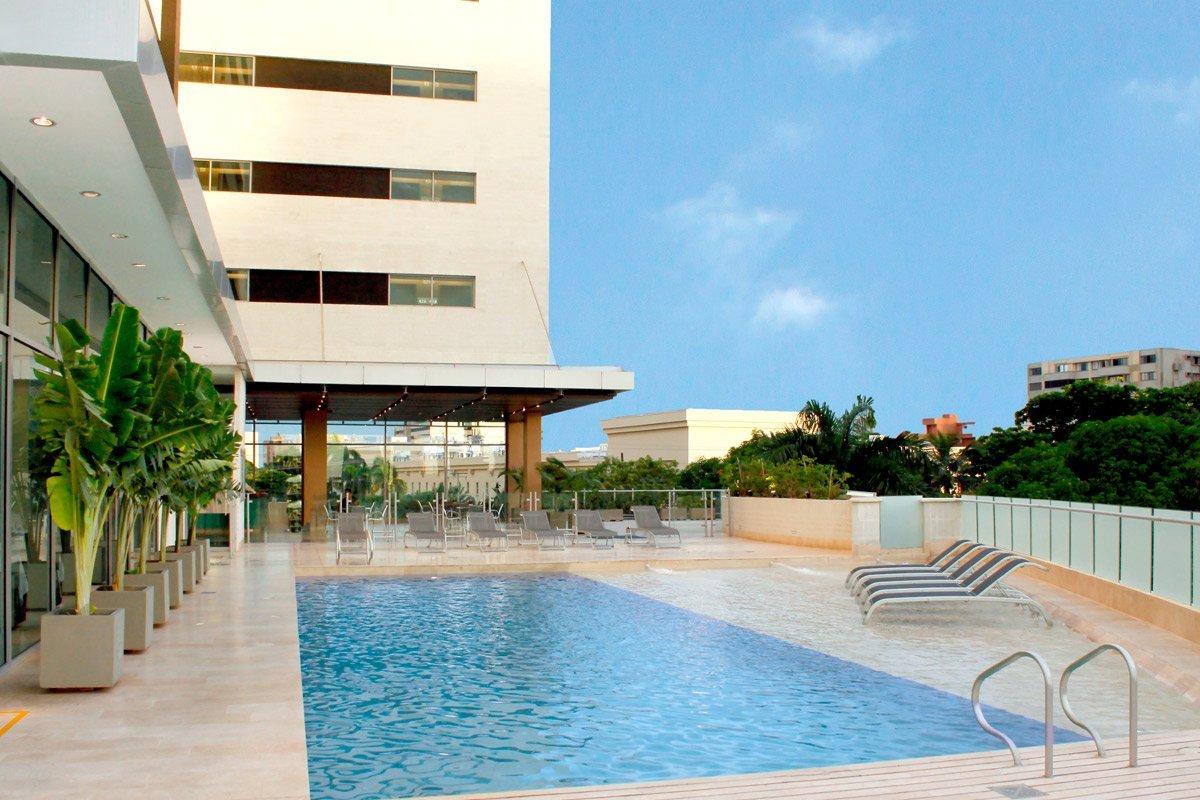 Servicios hotel estelar en alto prado web oficial servicios 5 estrellas barranquilla - Piscinas en alto ...